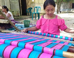 Handcrafted Shawls by Sucharita